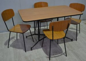 TABLE '50s WITH CHAIRS REF. 4558