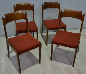 Four chairs from the 50s / 60s ref. 4560