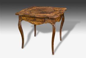 优雅而罕见的艾米利亚·罗洛(Emilia Rolo)XVIII世纪表