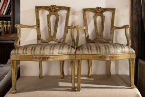 4 poltrone dipinte ed intagliate con ritratti e motivi floreali - venezia '700