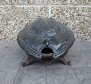 Scaldino dell'800 in ghisa  a forma di tartaruga