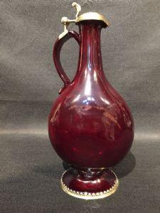 Brocca in vetro rubino