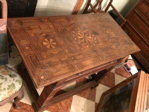 tavolino da campo 1600