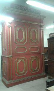 unico armadio armadio da sacrestia laccato Genoa apertura laterale interno altare