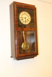 Clock Deco walnut functioning