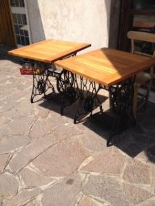 Couple outdoor tables with top in Chestnut (70) on the frame Singer sewing machines from the 900