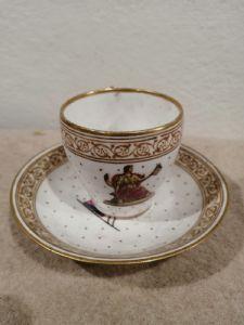 Taza de porcelana Capodimonte '700 con platillo