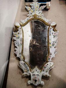 Paar 700 Majolika-Spiegel von Bassano