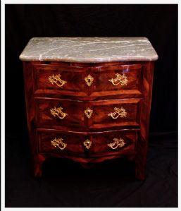 Comò in palissandro, marmo e bronzo dorato, Regence, Francia, XVIII° Secolo
