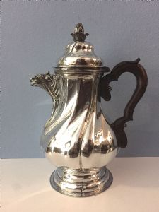 Milan silver coffee maker