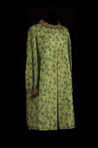 Trapeze dress in printed cotton in shades of green 60s