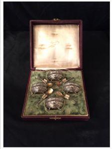Набор из 4 серебряных соляных чашек 20-го века