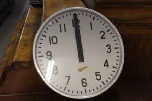 Ericsonn industrial 60s industrial clock, steel and green! Old vintage