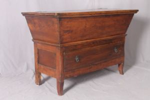 Early 900 flared antique cupboard Umbria. Chestnut. Small size