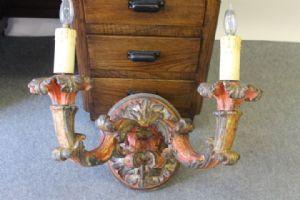 :巴洛克时期约1650年,Antica烤漆壁灯带有两个臂。
