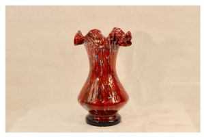 Jarrón de cristal rojo vintage, siglo XX