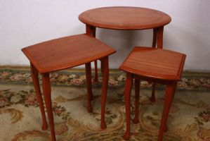 Tris removable wooden tables, original English 80s nest tables