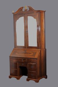 Trumeau of the eighteenth century, central Italy, in walnut