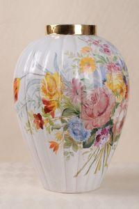 Italian Zaccagnini painted ceramic vase