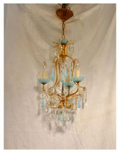 Lampadario con nappe blu in vetro e opalino, XX° secolo
