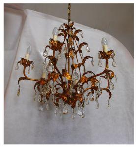 Araña de 6 luces en bronce y cristal de Bohemia, de principios del siglo XX.