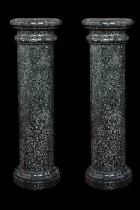 Pair of columns in hard stone