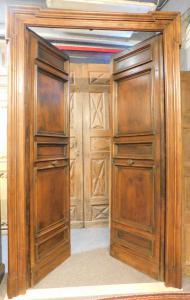 pts356 n. 2 Türen mit Walnussrahmen eine mit unterschiedlichem Rahmen