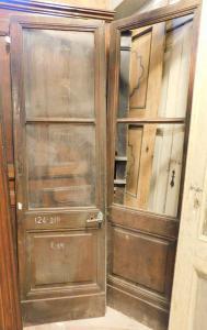 neg042 - porta in noce da negozio, a vetri, epoca '800, cm l 124 x h 210
