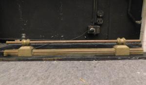 al215 - paracenere semplice ottocentesco, misura cm l 100 x h massima 12