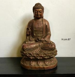 Будда в лаке