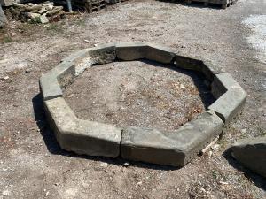Fontana in pietra da centro