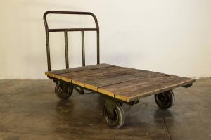 carrello con ruote anni 50