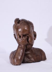 """Escultura de terracota: """"Niño"""" -Contrucci 1957"""