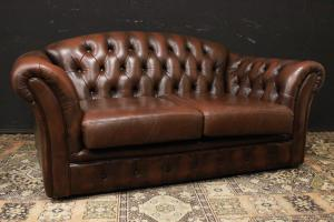 Original English Chesterfield club two-seater sofa in mahogany brown leather