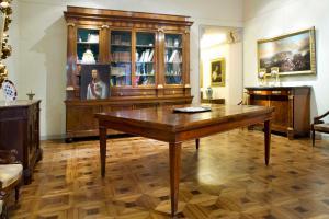 Tavolo allungabile del XIX secolo