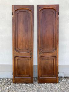 Пара одинарных дверей для встроенного шкафа