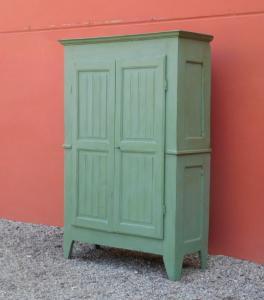 Armario de dos puertas de color piamontés en madera de álamo, laca Shabby Chic, a mediados del siglo XIX.