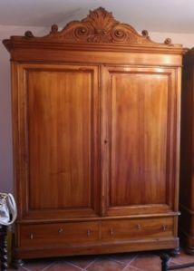 PAIR OF CABINETS IN POPLAR