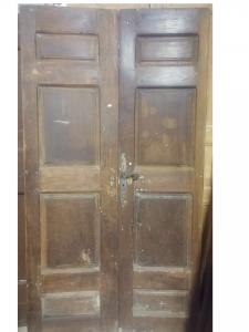 porta de nogueira