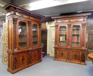 lib70 coppia di librerie Carlo X, mis. h cm 282 x 250 larg. max