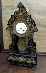 inlaid table clock