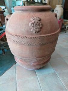 重要的兵马俑罐,高贵的徽章,建于1834年,Impruneta