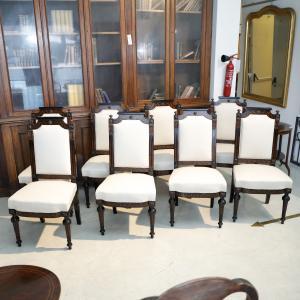 Gruppo 8 sedie a schienale alto imbottite