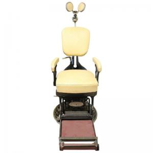 Cadeira antiga de dentista em ferro forjado e couro, 1910 PREÇO NEGOCIÁVEL