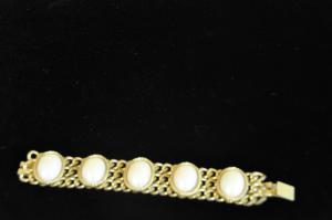 Golden metal bracelet