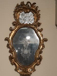 Specchiera veneziana con specchi decorati