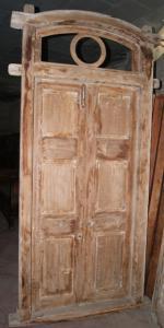 Puerta con dos puertas