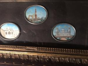 Tres miniaturas orientalistas enmarcadas