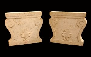 Pair of table bases in Travertine. Epoca 1800.