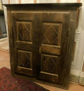 stip208  - 胡桃木壁柜,meas。最大厘米l 121 xh 130